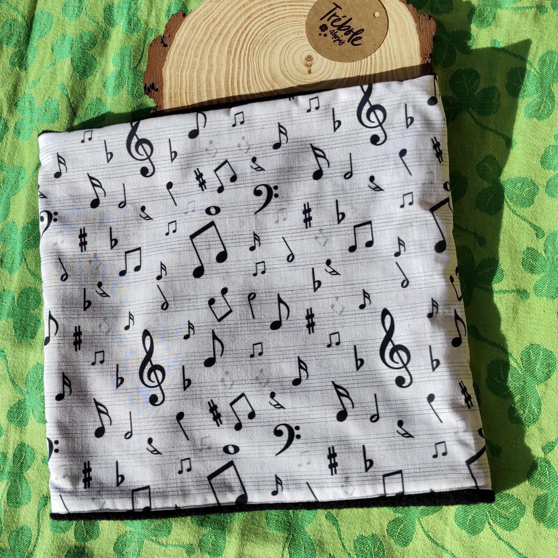 Cuello / Buff - Música