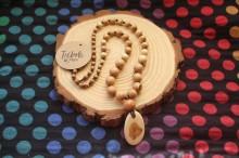 Collar de madera de Enebro - medallón
